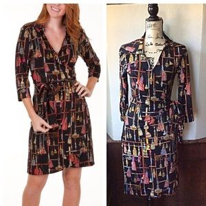 NWT HOLIDAY WRAP DRESS Tracy Negoshian Size M